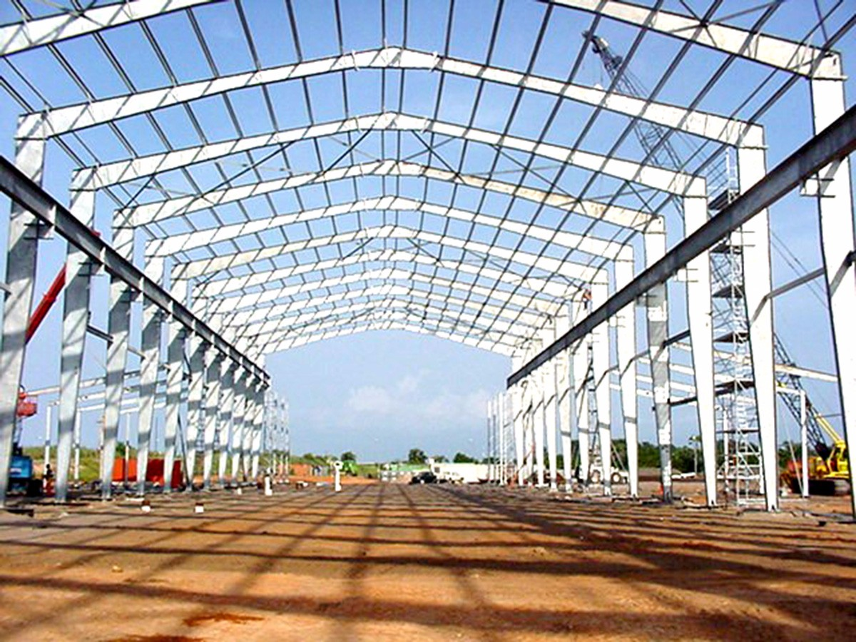 angola roof0302 site 040206